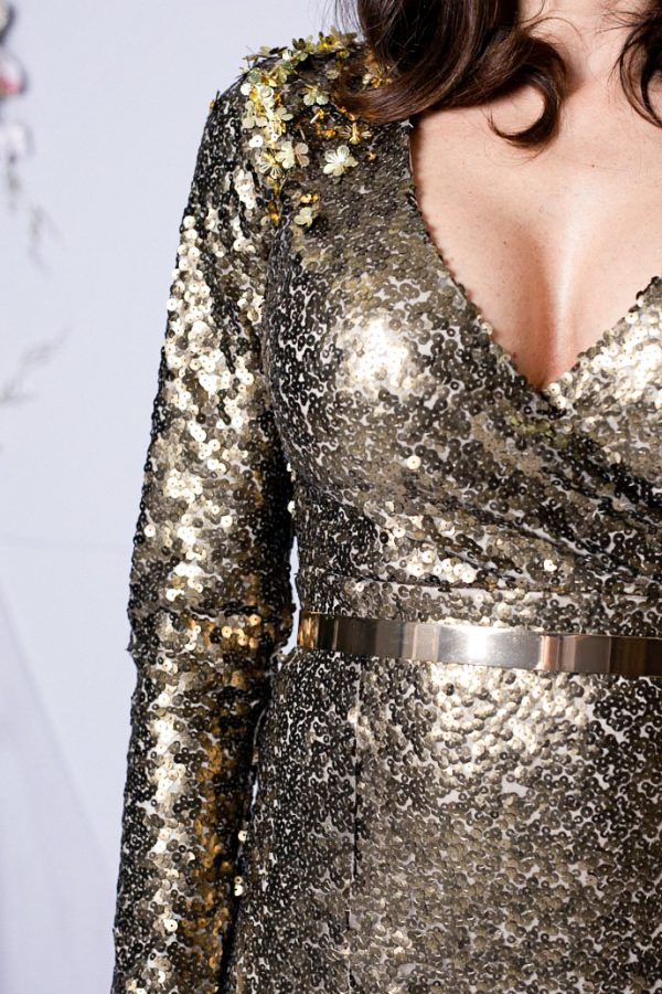 detail-dress-long-gold-prom-trend-houtecouture-bestseller