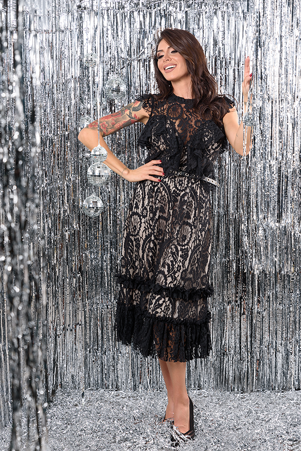 new-dress-mijel-black-lace-trend
